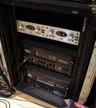 amp and DI rack.jpg